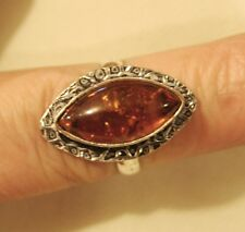 Lovely Hammered Rim Warm Speckle Ambertone Rhombus 925 Silver Finger Ring Size 7