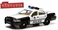 THE HANGOVER - 2000 Ford Crown Victoria Police Vehicle with Figurines