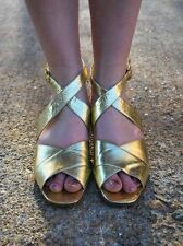VINTAGE 1960s RADIANT ITALIAN GOLD LEATHER STRAPPY SANDALS SILVIA OF FIORENTINA