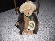 """Collectibles- Boyds Bears Aunt Bessie Skidoo 10"""" Jointed Bear with tag"""