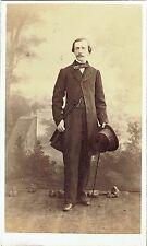 Photo cdv : E.Di.Chanaz ; Bourgeois de Turin debout en pose  , vers 1863