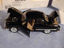 "NATIONAL MOTOR MUSEUM MINT- DIECAST 1949 FORD ""TWIN SPINNER"" 2-DOOR COUPE 1:32"