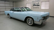 Lincoln: Continental 2 Dr. Hardtop