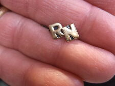 "RARE OLD VTG 14K YELLOW GOLD ""RN"" INITIALS PIN, FOR NURSE? FRATERNITY? SORORITY?"