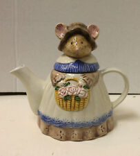 New Ceramic Tea Pot Country Mouse Teapot in Apron and Bonnet with Flower Basket