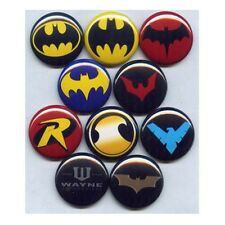 BATMAN LOGOS - PINS BUTTONS BADGES (justice league dark knight harley joker)