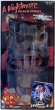 FREDDY'S GLOVE A Nightmare on Elm St. 3 Dream Warriors Prop Replica Neca 2011
