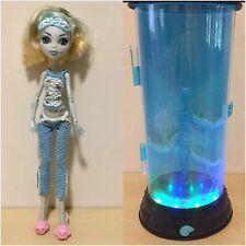 Monster High MATTEL Hydration Station Lagoona Blue Doll Monster High Girls
