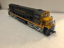 HO Scale Rivarossi U25C Northern Pacific Diesel Locomotive