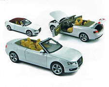Audi A5 Cabrio weiss - 2009, 1:18, NOREV