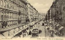 LYON Rue de la République (tramway Laurenol)