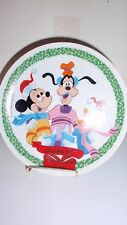 1975 SCHMID BROTHERS DISNEY CHRISTMAS PLATE MICKEY MOUSE, GOOFY AND DONALD DUCK