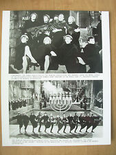 1981 FILM STILL PRESS PHOTO - THE HISTORY OF THE WORLD PART 1 - MEL BROOKS
