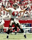JOHN LYNCH 8x10 ACTION PHOTO Vintage NFL Football TAMPA BAY BUCCANEERS #47 BUCS!