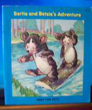 Bertie and Betsie's Adventure-Meet The Pets, Wishing Well Books, PB, Italy