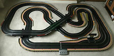 Scalextric Digital layout di grandi dimensioni con Pit Lane & Pit Lane Game & 4 Digital Auto