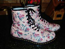 Original Dr. Martens Boots Shabby Chic Floral Size 9 *Rare* Super Cute.. :)