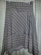 Canada Pennigtons  coquette et coquine asymmetric Skirt easy care size 28 NEW