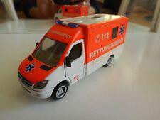 Siku Mercedes Spinter Rettungsdienst in Orange/White