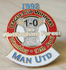 MANCHESTER UNITED v NOTTINGHAM FOREST Victory Pins LEAGUE CUP Badge Danbury Mint