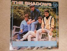 THE SHADOWS  ::  WALKIN' WITH THE SHADOWS :: Vinyl L.P.  (Near MINT..!!!)