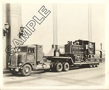 1953 WHITE-FREIGHTLINER 800 BUBBLENOSE + PLYMOUTH LOCOMOTIVE 8X10 PHOTO