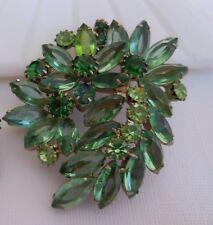 Vintage Juliana Delizza & Elster D & E Lovely Green Rhinestone Brooch Pin