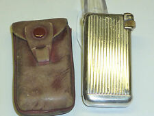 "QUERCIA FLAMINAIRE ""CRILLON"" POCKET GAS LIGHTER WITH LEATHER BAG - 1948 - FRANCE"