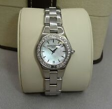 Baume & Mercier Linea Diamond Luxus Damenuhr Brillant-Lünette 0,60ct Brillanten