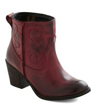 SEYCHELLES SHOES EVERYWHERE I GO BOOTS RED LEATHER WESTERN ANKLE BOOTIES 9 $150