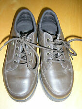 SERGIO TACCINI QUALITY BOYS LEATHER SHOES UK 5  BROWN LACE UP