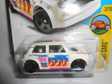 Hot Wheels 2017 HW Art Cars Morris Mini