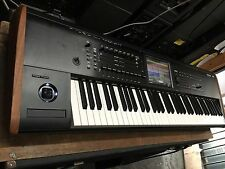 used Korg KRONOS 2 /73 -Key keyboard Music Workstation ,KRONOS 7   //ARMENS//.