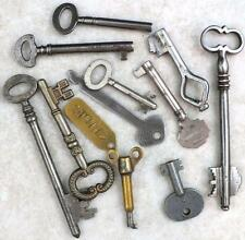 Antique / Vintage Keys Bunch of 11 on a Ring - Collecting or Crafts - My Ref.J34
