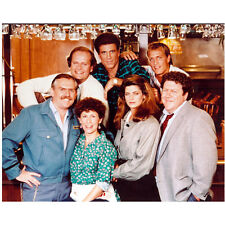 Cheers Ted Danson, Rhea Perlman and Cast Together 8 x 10 inch photo