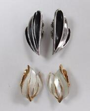 Dealer's Lot of 2 Pairs of Gold Tone Clip on Earrings ~ 3-B8506