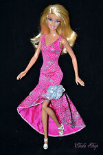 STUNNING BARBIE DOLL IN GORGEOUS DRESS