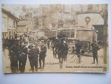 """CPA """"La guerre - Autobus parisien servant au ravitaillement"""" *"""