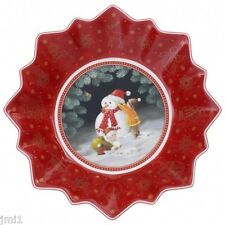 Villeroy & Boch Toy's Fantasy Children Building a Snowman Small Bowl:  #3887