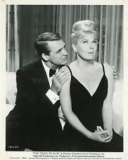 CARY GRANT DORIS DAY THAT TOUCH OF MINK 1962 VINTAGE PHOTO ORIGINAL #1