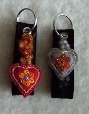 Schlüsselanhänger Filz mit Herz *Auswahl rotes oder graues Herz *Nepal Wolle