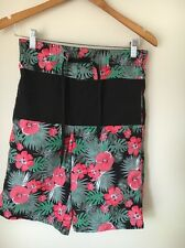 Cedar Wood State Size XS Red Black Floral Lined Swimming Shorts  T5806