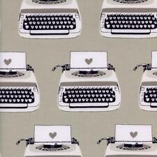 Algodón y del Acero 5034-1 máquinas de escribir por Melody Miller