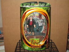 2001 LORD RINGS FELLOWSHIP RING TRAVELING BILBO 1st SERIES ACTION FIGURE MIP