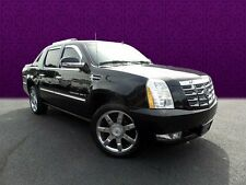 Cadillac : Escalade Base Crew Cab Pickup 4-Door
