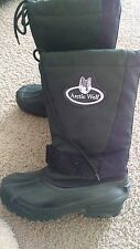 Men Boots Arctic Wolf made in Canada, Size 8, Rubber & Fabric,Black &Green Color