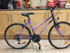 "Giant Hollywood hybrid unisex bike. 18"" Frame. 26"" road wheels. Fully Working!"