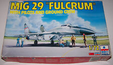 "MIG-29 ""FULCRUM"" with Pilots & Ground Crew (ESCI-ERTL #9095) 1/72 Scale Aircraft"
