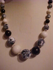 Vintage Marble Necklace Black & White Graduated White Milk Glass Necklace 15""