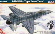 F -16 C-52+ Falcon (polaco af Tiger Demo equipo MKGS) D115 1/72 MISTERCRAFT